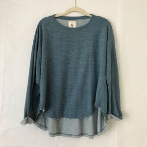 Billabong hi-low dolman sleeve boucle knit blouse